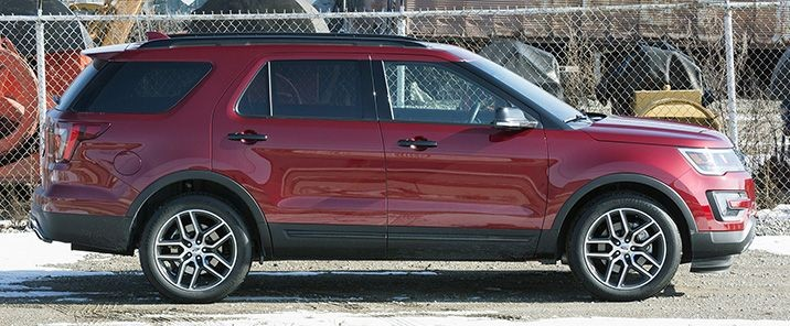 2016 Ford Explorer Sport1